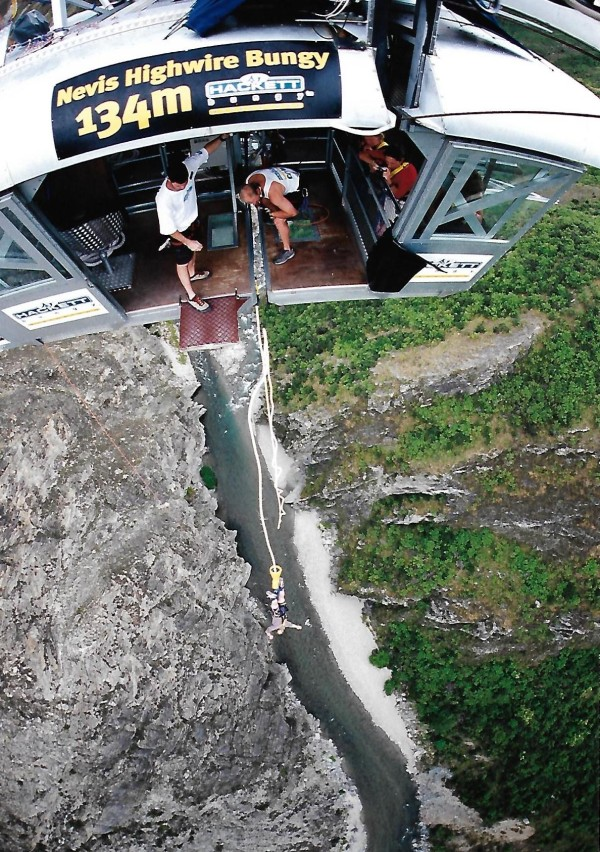 Bungy jumping to freedom